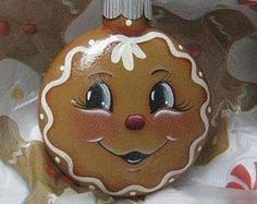 This little guy reminds us of days gone by when Granny used to make spicy ginger bread cookies to hang on the tree to decorate for that special day. Not many lasted all the way to Christmas but the memories will last forever. These are made of glass and a Gingerbread Decorations, Gingerbread Ornaments, Painted Christmas Ornaments, Hand Painted Ornaments, Christmas Gingerbread, Christmas Balls, Christmas Art, Christmas Projects, Christmas Decorations