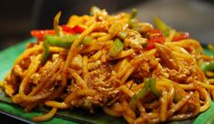 Recipe: Mee Goreng (Malaysian Stir-Fried Noodles): This is a classic Malaysian dish that's often found at street stalls. And anything that's found at street stalls is, of course, comfort food. Indian Food Recipes, Asian Recipes, Vegetarian Recipes, Cooking Recipes, Ethnic Recipes, Indian Foods, Spicy Recipes, Mie Goreng, Malay Food
