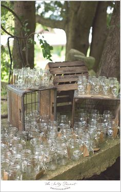 mason jar wedding drinks www.facebook.com/thesaltypeanut