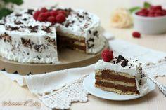 La torta biscottata al cioccolato é deliziosa semplice e si prepara con solo 4 ingredienti. Non va in forno ed é adatta a qualsiasi occasione