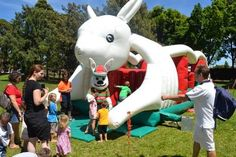 Footy Jumping Castles Sydney: Hire jumping castle Sydney for Keeping Kids Happy ...