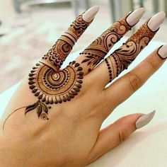 Explore latest Mehndi Designs images in 2019 on Happy Shappy. Mehendi design is also known as the heena design or henna patterns worldwide. We are here with the best mehndi designs images from worldwide. Finger Henna Designs, Henna Art Designs, Mehndi Designs For Girls, Mehndi Designs 2018, Mehndi Designs For Beginners, Modern Mehndi Designs, Dulhan Mehndi Designs, Mehndi Design Photos, Mehndi Designs For Fingers