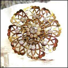Jewellery Brooch Vintage 1950 Enamel Trophy Brooch Women Costume Jewellery 50% OFF Fashion Jewelry