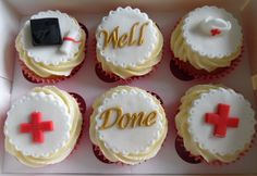Nurse Graduation cupcakes