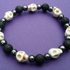 Check out these beaded skull bracelets! Great for men or women! Funky Jewelry, Skull Jewelry, Beaded Jewelry, Beaded Bracelets, Jewelry Logo, Hippie Jewelry, Leather Jewelry, Silver Bracelets, Jewelry Ideas