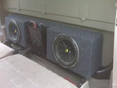 01 06 Gm Hd Crew Cab Behind The Seat Sub Box With Amp Space Silverado Crew Cab Crew Cab Sub Box