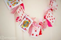 Playing Card and Knotted Fabric Garland - valentines day or alice in wonderland party Valentines Day Hearts, Valentine Day Love, Valentine Day Crafts, Valentine Decorations, Holiday Crafts, Homemade Valentines, Valentine Ideas, Invitation Fete, Saint Valentin Diy