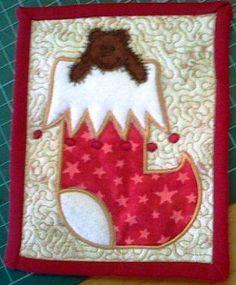 Free design - Teddy & Xmas stocking in-the-hoop-applique mug rug