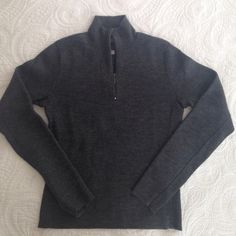 ⚡️J.CREW⚡️ sweater Charcoal-Grey, zip-up, slim-fit sweater. 100% Merino wool. Gently worn but still in excellent condition. If this still fit me, I'd be keeping it! ✅offers welcome✅ no trades J. Crew Sweaters
