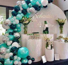 Baby Shower Ideas- 35 Free Creative Shower Ideas For The Bride Of All Tastes New 2019 - Page 6 of 35 - clear crochet Deco Baby Shower, Shower Party, Baby Shower Themes, Baby Boy Shower, Baby Shower Decorations, Shower Ideas, Balloon Garland, Balloon Decorations, Birthday Party Decorations