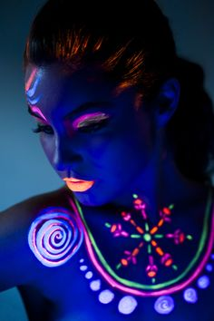 makeup neon,fluor