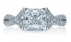 Women's engagement diamond rings