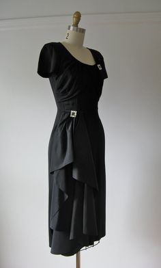 vintage 1940s cocktail dress / 40s dress by Dronning on Etsy
