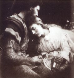Julia Margaret Cameron's 'The Parting of Sir Lancelot and Queen Guinevere' According to Dante's 'Inferno', Francesca da Rimini and her lover Paolo were inspired by the forbidden love of these Arthurian legends. Roi Arthur, King Arthur, Fine Art Photo, Photo Art, Lancelot And Guinevere, The Lady Of Shalott, New Fine Arts, John Everett Millais, Close Up Portraits