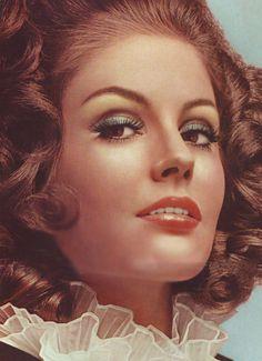 1970s hair & makeup