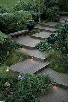 Here are outdoor lighting ideas for your yard to help you create the perfect nighttime entertaining space. outdoor lighting ideas, backyard lighting ideas, frontyard lighting ideas, diy lighting ideas, best for your garden and home Garden Steps, Garden Paths, Garden Tools, Moss Garden, Side Garden, Garden Fencing, Backyard Landscaping, Landscaping Ideas, Modern Backyard