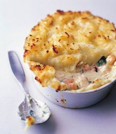 How to Cook Gourmet Fish Pie (The Gordon Ramsey Version) recipe, mid week date night for 2 Fish Dishes, Seafood Dishes, Fish And Seafood, Seafood Recipes, Seafood Pie Recipe, Easy Fish Pie Recipe, Fish Pieces Recipe, Fishermans Pie, Pie Recipes