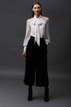 http://www.vogue.com/fashion-shows/pre-fall-2015/badgley-mischka/slideshow/collection