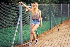 cropped tops  Denim shorts = my lover (by Cathy Gładysz) http://lookbook.nu/look/3698749-denim-shorts-my-lover