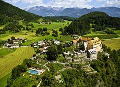 Castle Hotel Schloss Sonnenburg  in St.Lorenzen (San Lorenzo di Sebato), Pustertal Valley, South Tyrol, Italy http://www.schlosshotels.co.at/en/sonnenburg