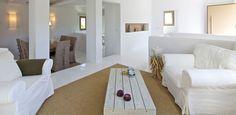 Greek Living Room   ... _villas_paros_ambelas_daphne_rethink_greece_retrears_living_room_7