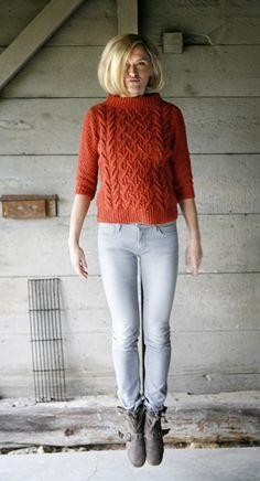 Beatnik boat-neck pullover: Knitty Deep Fall 2010 -- would love this in ivory & longer looser Sweater Knitting Patterns, Free Knitting, Knitting Magazine, Knitwear, Free Pattern, Knit Crochet, Sweaters For Women, Clothes, Boat Neck