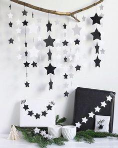 """Heute bin ich mit einer weihnachtlichen DIY Idee zu Gast beim @cuchikind Adventskalender!  Das Thema lautet """"black & white"""" und meine schwarz-weiße Bastelidee, die ihr wirklich ratzfatz nachmachen könnt, zeige ich euch heute auf Steffis Blog. ...und psssst! Gewinnen könnt ihr auch noch etwas!  #cuchikindadventskalender"""