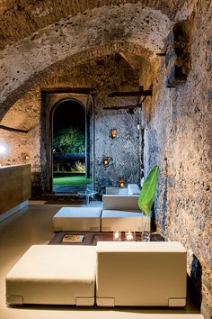 Historical Fragments Meet Modern Design: The Country Zash Boutique Hotel in Sicily