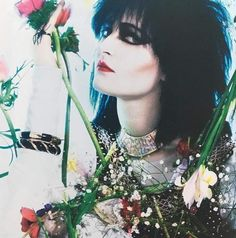 Siouxie (and the Banshees) Siouxsie Sioux, Siouxsie And The Banshees, New Wave Music, Music Love, Radiohead, Punk Rock, Dark Wave, Les Aliens, Lady Stardust