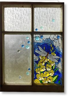 Mosaic Glass Art - Mosaic Stained Glass - Dragonfly In The Window by Catherine Van Der Woerd Broken Glass Art, Sea Glass Art, Glass Wall Art, Broken Glass Crafts, Glass Vase, Stained Glass Panels, Leaded Glass, Stained Glass Art, Window Glass