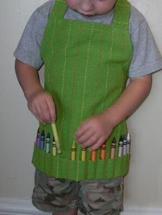 42 Craft Project Ideas That are Easy to Make and Sell - Big DIY IDeas(child's art supply apron from old kitchen towel) Crafts For Kids To Make, Make And Sell, Art For Kids, Kid Art, Sell Diy, Dollar Store Crafts, Dollar Stores, Sewing Aprons, Kids Apron