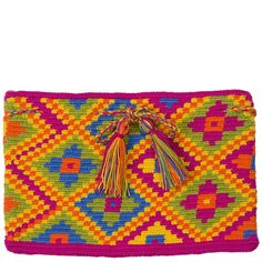comprar clutch wayuu en madrid, bolso wayuu, bolso hecho a mano, bolso… Boho Tapestry, Tapestry Crochet, Form Crochet, Crochet Squares, Contemporary Embroidery, Crochet Purses, Knitted Bags, Cross Stitch, Knitting
