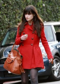 """""""Zoey Deschanel with the Florentine Smith Bag""""----- not like she could look bad but I really like this little ensemble."""