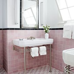 Cool Pink And Black Tile Bathroom From Desire To Inspire Desiretoinspire Ashley Roi Jenkins Vintage Bathrooms Pinterest