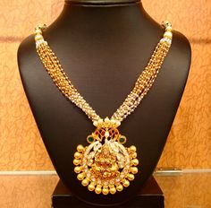 Fulfill a Wedding Tradition with Estate Bridal Jewelry Indian Gold Jewellery Design, Indian Jewelry, Jewelry Design, Diamond Jewellery, Beaded Jewelry, Beaded Necklace, Necklaces, Pendant Necklace, Pearl Necklace Designs