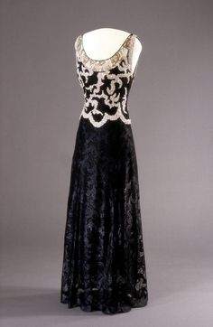 Evening Dress Worth, 1938 Nasjonalmuseet for Kunst, Arketektur,...