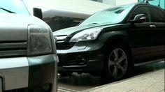 Legi in România: VANDALIZAREA MAŞINILOR ar putea deveni legală Stiri online de ultima ora Vehicles, Car, Automobile, Autos, Cars, Vehicle, Tools