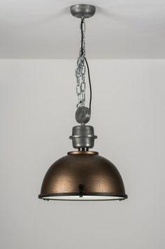 Artikel 10321 Trendy industrielamp uitgevoerd in de kleur brons! https://www.rietveldlicht.nl/artikel/hanglamp-10321-eigentijds_klassiek-landelijk-rustiek-industrie-look-brons_roest_bruin-roest-bruin-brons-aluminium-rond