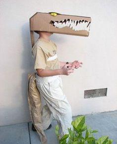 Krokodil Kostüm-selber basteln-Karton Kasten-Ideen karneval-Fasching