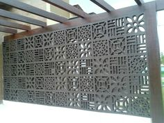 Pergolado em cobogós. Fence Landscaping, Modern Landscaping, Concrete Blocks, Concrete Wall, Design Your Dream House, House Design, Breeze Block Wall, Compound Wall, Privacy Walls