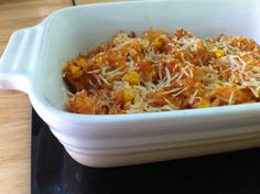 Just made this RICE CASSEROLE Very easy  Boil rice, (pan- full) add to large casserole dish once cooked Fry onion in a pan, then add sweet corn once golden Add one box of passata tomato sauce Add salt, pepper, paprika, mint and oregano, always be generous with seasoning Add tomato mixture to rice in casserole dish and stir, sprinkle parmegano grated cheese. Cook on 220• for 20 minutes approximately once crispy Bon a petit! How To Boil Rice, Grated Cheese, Rice Casserole, Fried Onions, Sweet Corn, Tomato Sauce, Fries, Salt, Stuffed Peppers