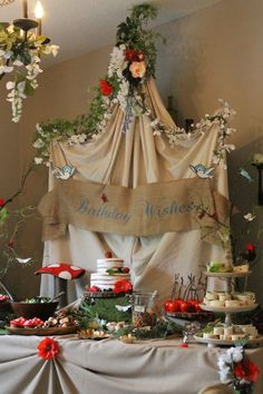 Snow White and the Seven Dwarf's Woodland Theme table
