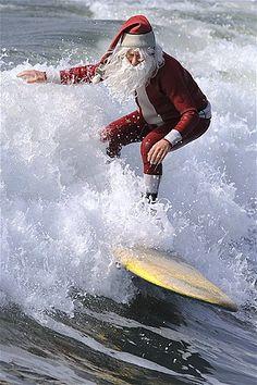 Santa's all around the world (© WENN.Com)