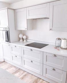 Open Plan Kitchen Dining Living, Open Plan Kitchen Diner, Living Room Kitchen, Home Decor Kitchen, Kitchen Interior, Grey Kitchen Designs, Small Kitchen Layouts, Design Your Kitchen, Grey Shaker Kitchen
