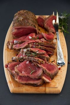Weak roast roasting, with blood, with rosemary and sea salt. by Lesya76, via Flickr