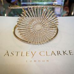 The @becastleyclarke Rising Sun diamond bracelet