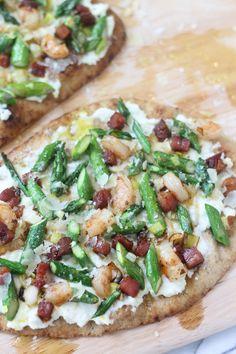 Ricotta Pizza with Crispy Pancetta, Asparagus, and Shrimp! Deeelish!