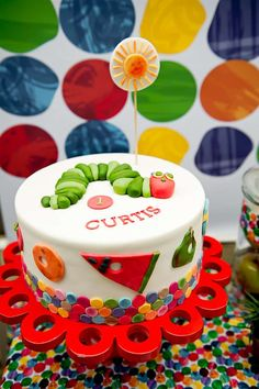 Birthday Party : Image : Description Very Hungry Caterpillar birthday cake First Birthday Party Themes, Birthday Cake, Birthday Ideas, 31st Birthday, Boy Birthday, Hungry Caterpillar Cake, Festa Party, Baby Shower, Party Cakes