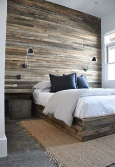 Check it out Get the Modern Rustic look in your bedroom with a Reclaimed Wood Wall! The post Get the Modern Rustic look in your bedroom with a Reclaimed Wood Wall!… appeared first on Fes . Rustic Master Bedroom, Wood Bedroom, Modern Bedroom, Bedroom Decor, Rustic Bedrooms, Bedroom Ideas, Wall Decor, Modern Wall, Bedroom Pictures