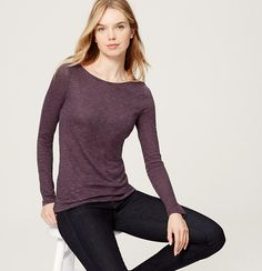 Shirred at the back for a fresh twist, this soft tee keeps it cool and simple. Ballet neck. Long sleeves. Shirred beneath back yoke.